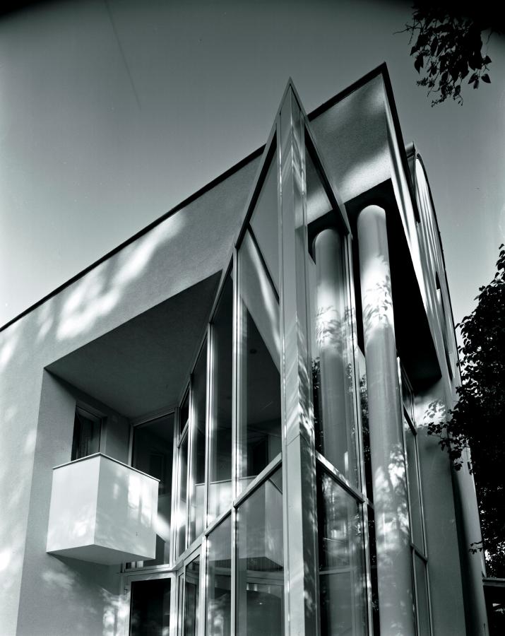 GMMK . Gert M. Mayr-Keber ZT GmbH . 1989-1991 . House in Ober St. Veit . Photography Elisabeth Mayr-Keber