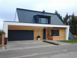 House in breitenbrunn mayr for Designer haus